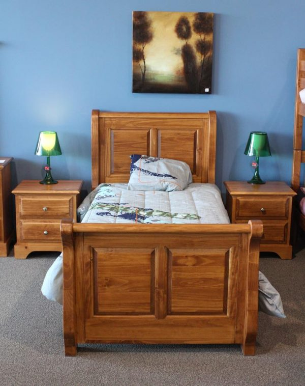 mako-amber-panel-bed-with-dressers.jpg