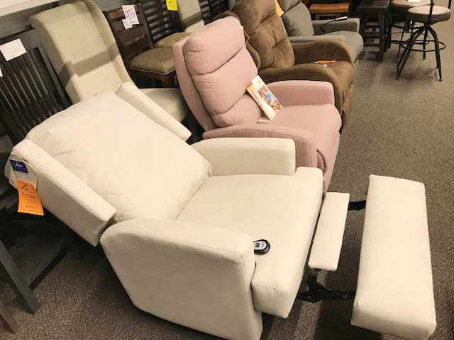 best Saskatoon store for arm-chairs